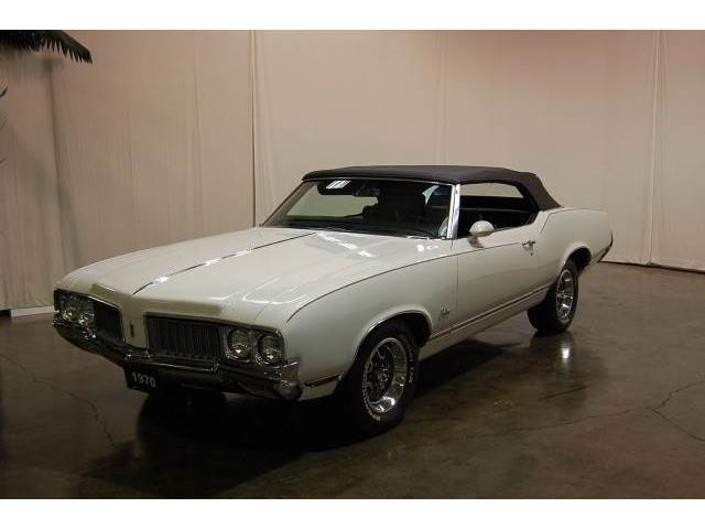 1970 Oldsmobile Cutlass Supreme | 895857