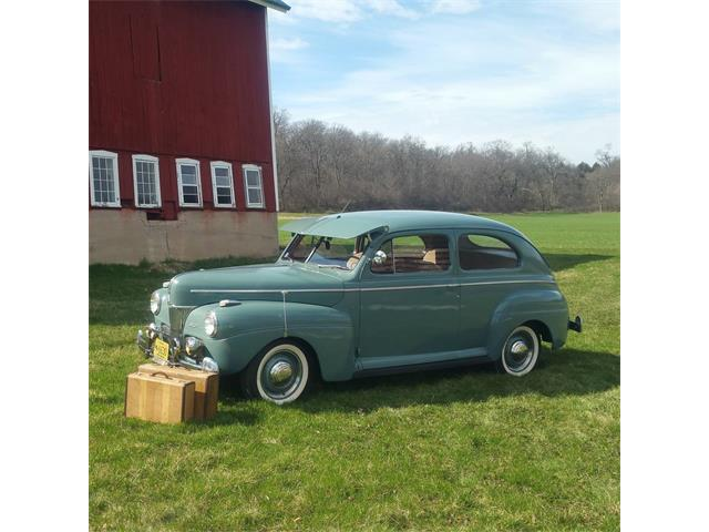 1941 Ford Tudor | 895910