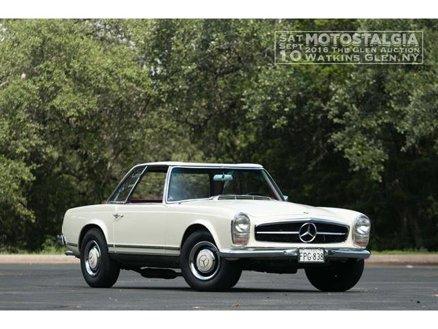 1967 Mercedes-Benz 250SL | 896033