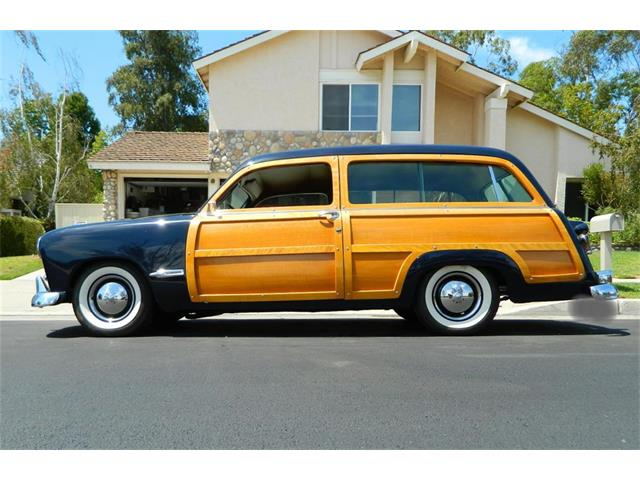 1949 Ford Woody Wagon | 896086