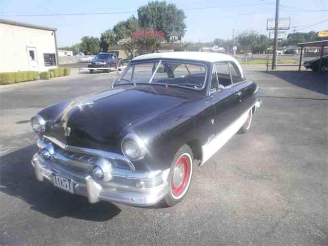 1951 Ford Victoria | 896103