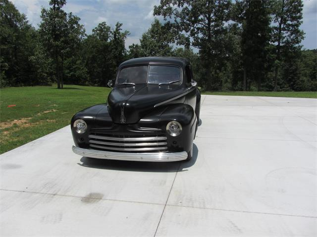 1947 Ford Coupe | 896118
