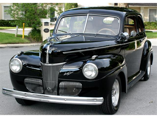 1941 Ford Super Deluxe | 890622