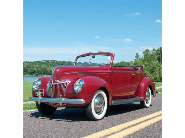 1939 Ford Roadster | 896269