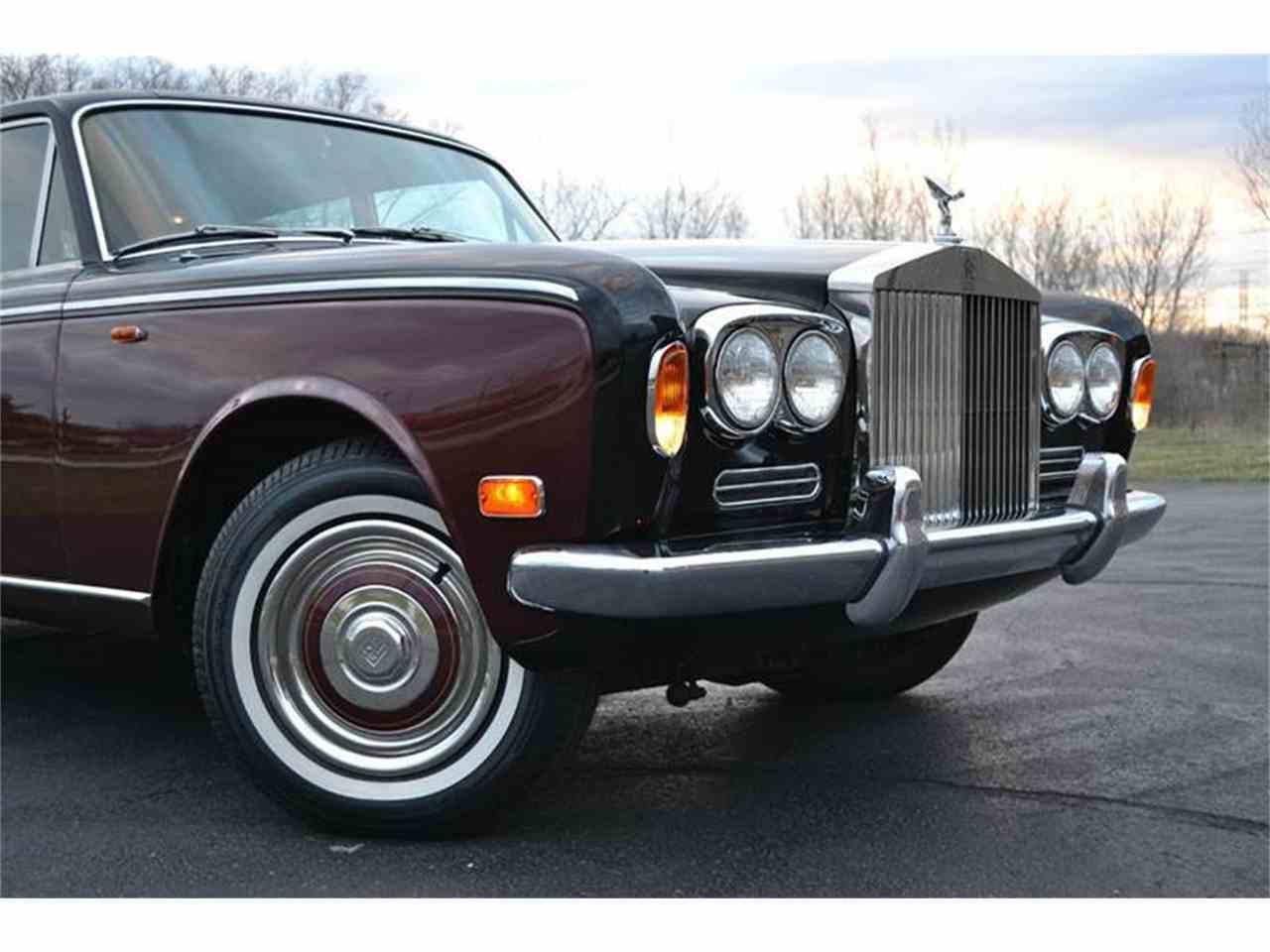 Large Picture of '72 Silver Shadow - J7ME