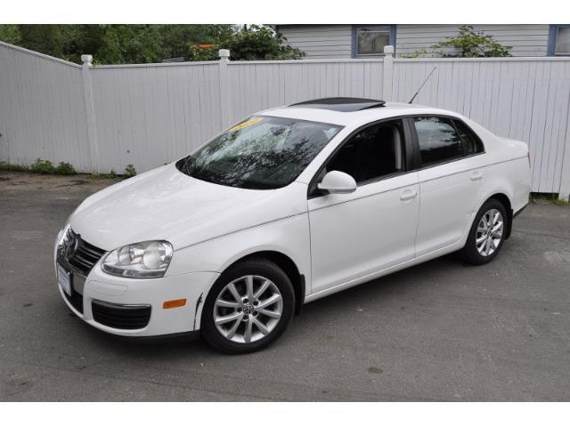 2010 Volkswagen Jetta | 896378