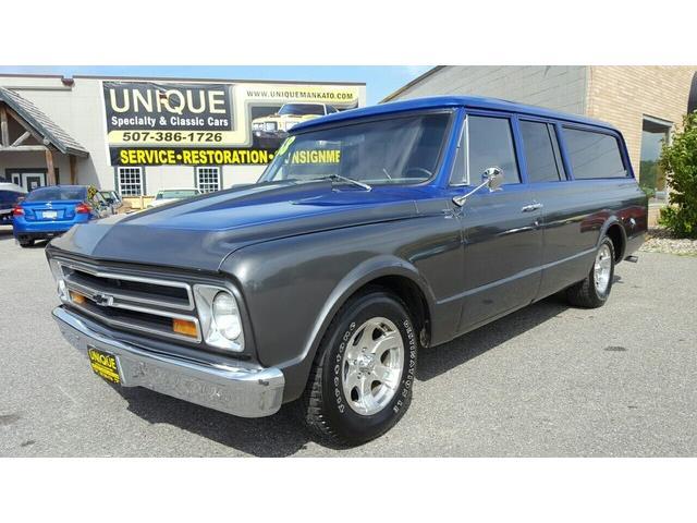 1968 Chevrolet Suburban   896429