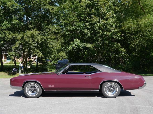 1966 Buick Riviera | 896507