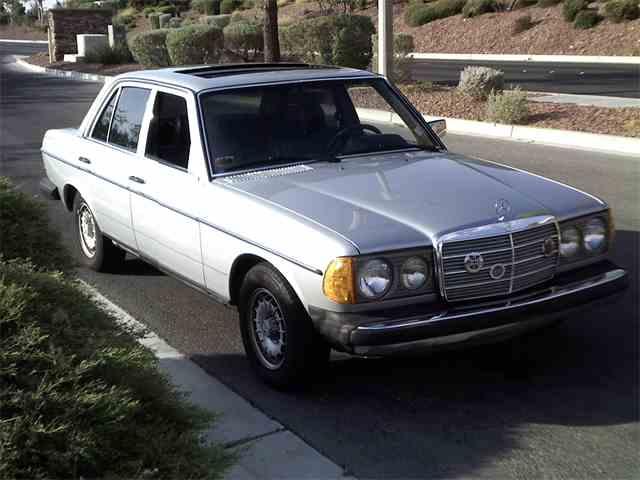 1980 Mercedes-Benz 300D | 896518