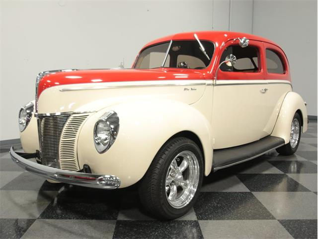 1940 Ford Deluxe | 896616