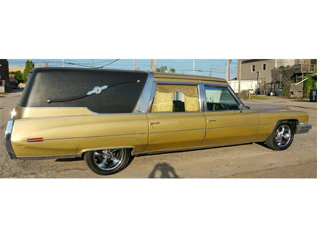 1973 Cadillac Superior Crown Sovereign Landaulet Funeral Coach | 896874