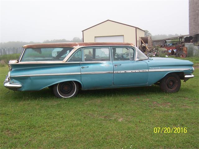 1959 Chevrolet Kingswood   897079
