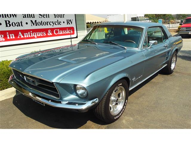 1967 Ford Mustang | 897109
