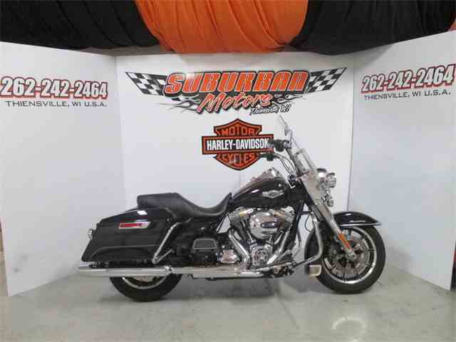 2015 Harley-Davidson® FLHR - Road King®   897234