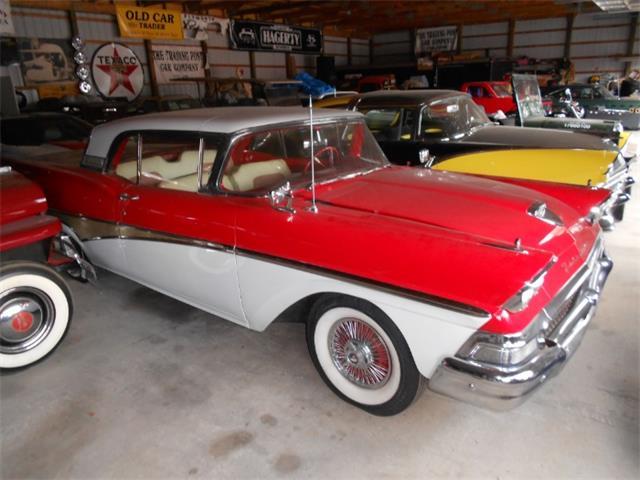 1958 Ford Skyliner | 897255