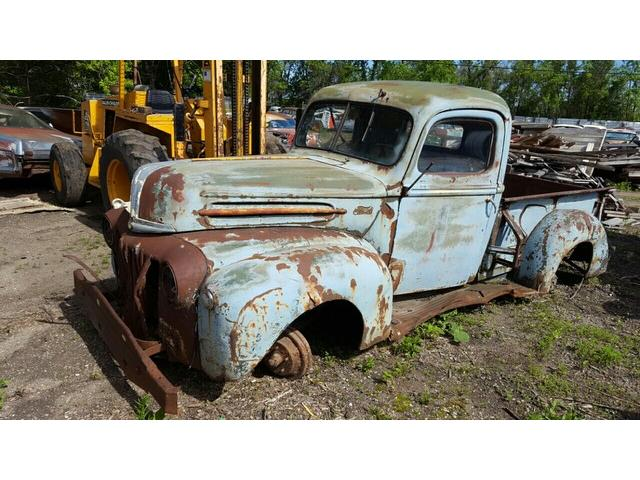 1947 Ford Pickup | 897328