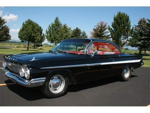 1961 Chevrolet Impala | 897404