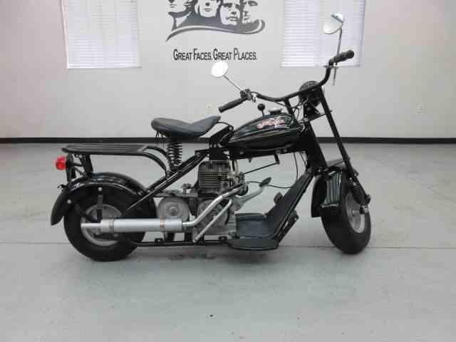 1952 Cushman Motorcycle | 897584