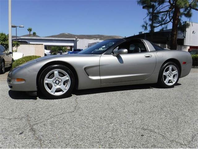 1998 Chevrolet Corvette | 897607