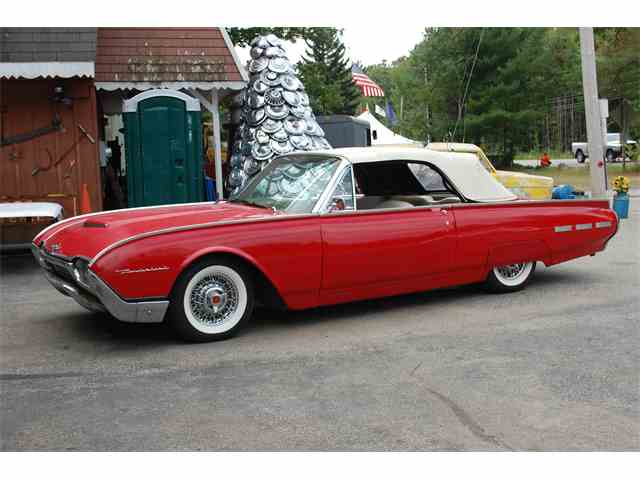 1961 Ford Thunderbird | 897700