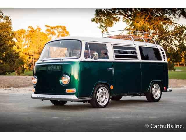 1969 Volkswagen Bus | 890784