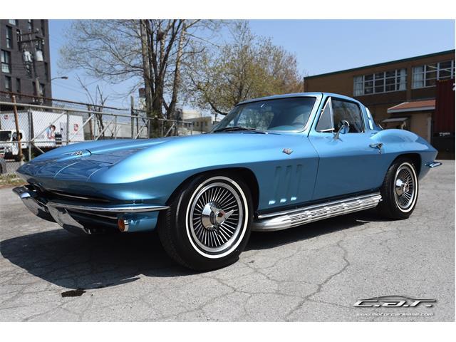 1965 Chevrolet Corvette | 898065