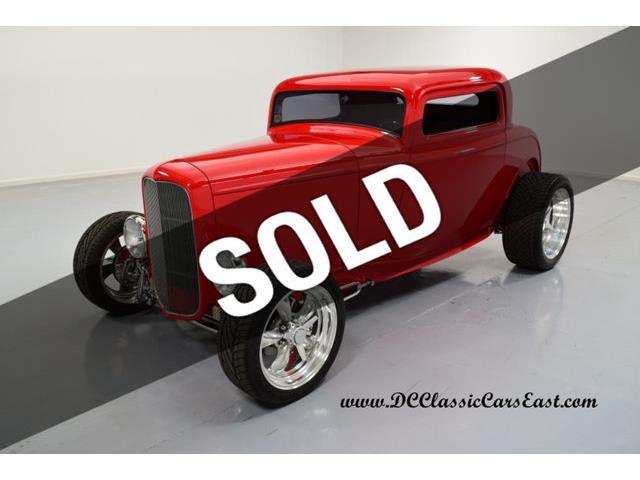 1932 Ford Highboy   898270