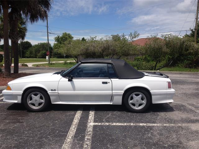 1993 Ford Mustang GT | 898293