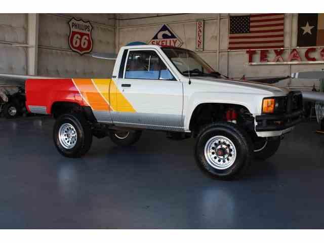 1985 Toyota Pickup | 898338