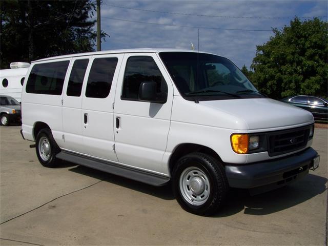 2006 Ford E150 Club  Wagon | 898343
