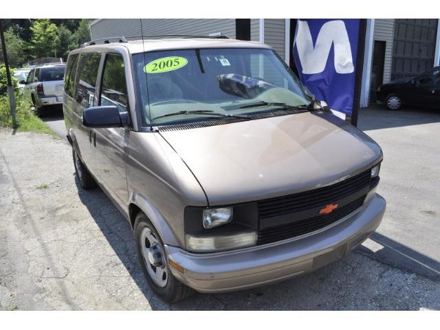 2005 Chevrolet Astro | 890837