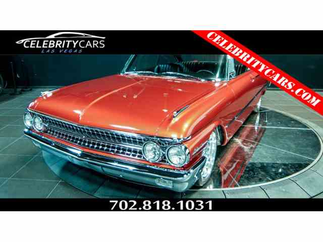 1961 Ford Galaxy Starliner | 898449