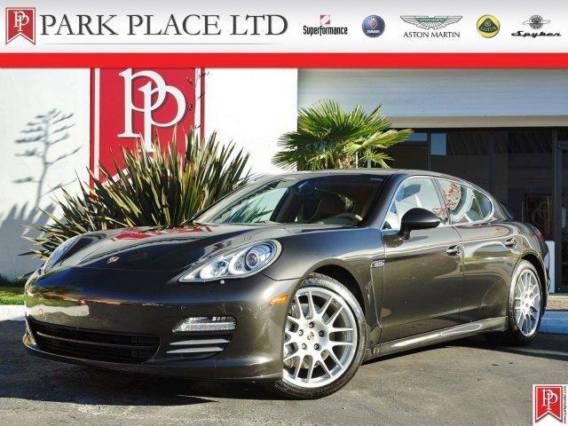 2010 Porsche Panamera | 898512