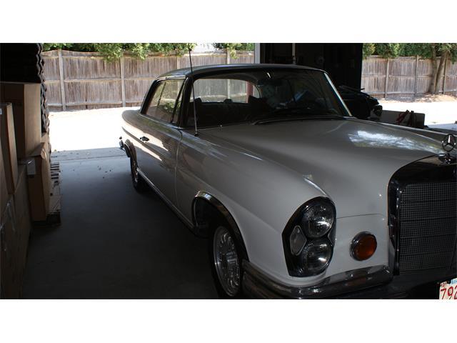 1962 Mercedes-Benz 220SE | 898521