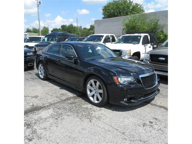 2013 Chrysler 300 | 898628