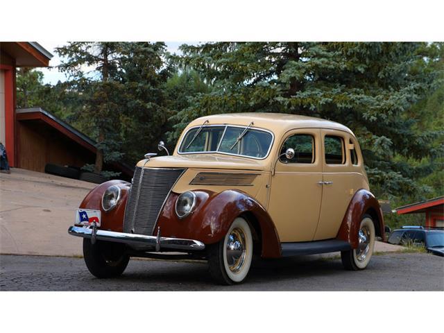 1937 Ford Humpback | 898651