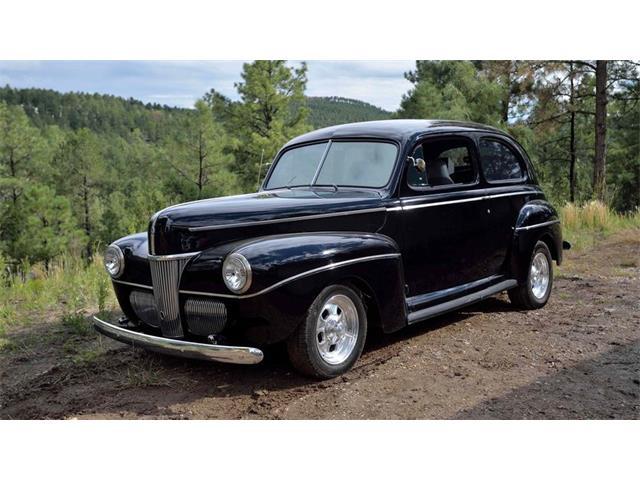1941 Ford Tudor | 898681