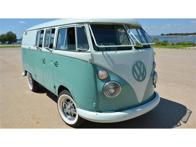1967 Volkswagen Type 2 Bus | 898736