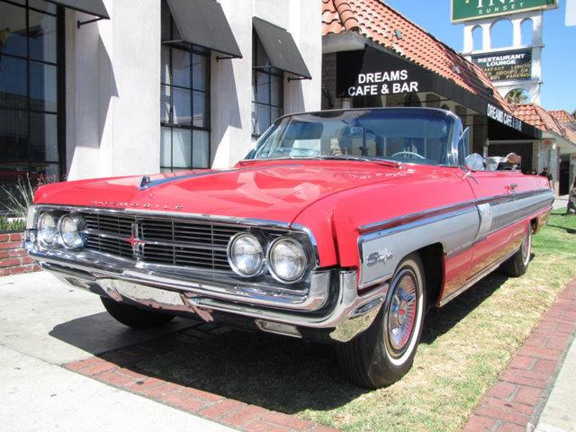 1962 Oldsmobile Starfire | 898860