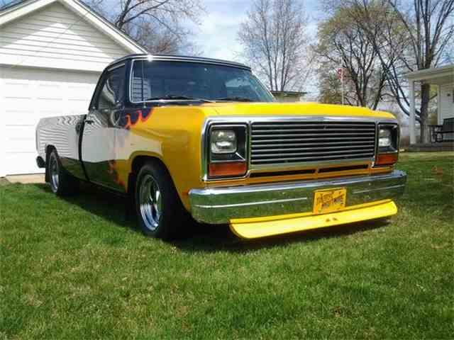 1985 Dodge D-150 Royal SE | 898880