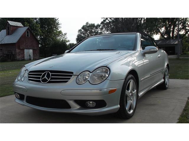 2005 Mercedes-Benz CLK500   898896