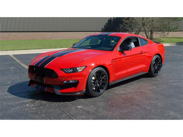 2015 Ford Mustang | 898905