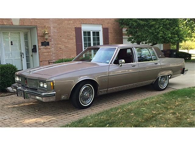 1983 Oldsmobile 98 Regency Brougham Sedan   898933