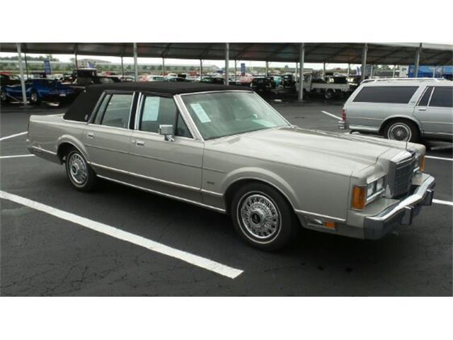 1989 Lincoln Premiere   899001