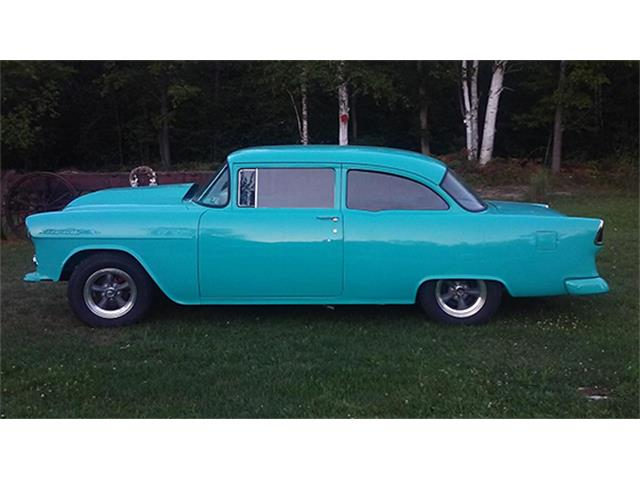 1955 Chevrolet 210 Two-Door Sedan Custom | 899017