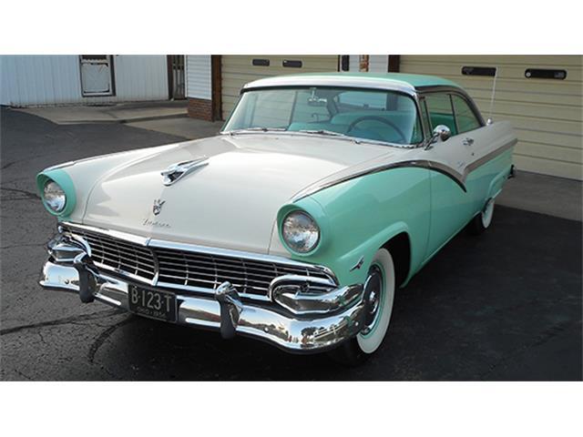 1956 Ford Fairlane Victoria | 899069