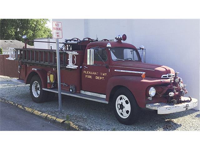 1951 Ford F-6 Pumper Fire Truck | 899201