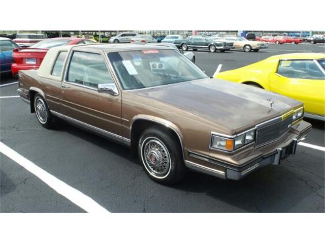 1985 Cadillac Coupe DeVille | 899218