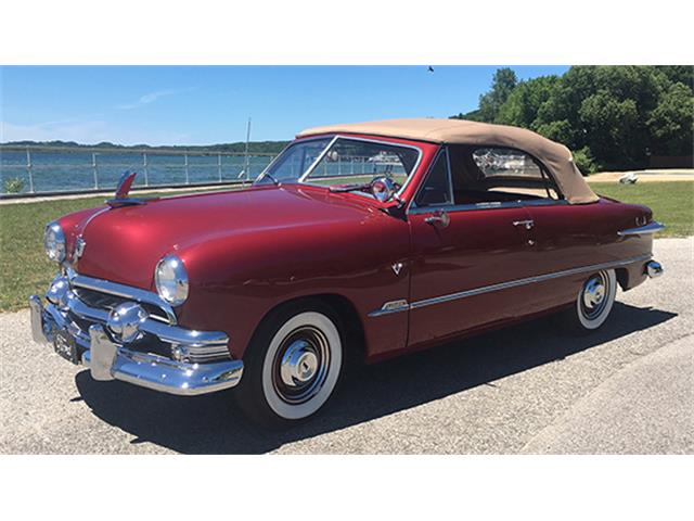 1951 Ford Custom | 899355