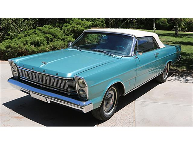 1965 Ford Galaxie 500 | 899625